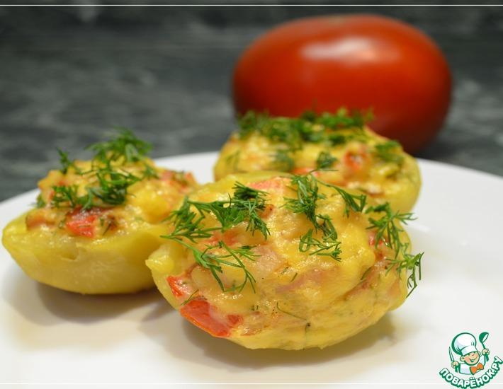 Рецепт: Картофель, фаршированный курицей и помидором