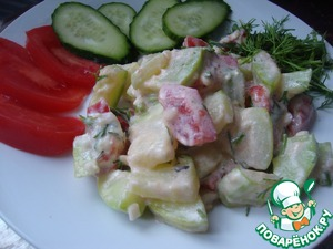 And will share another version of this salad. Roasted zucchini, tomatoes, boiled egg, cheese, green onions and mayonnaise (sour cream).  Bon appetit!