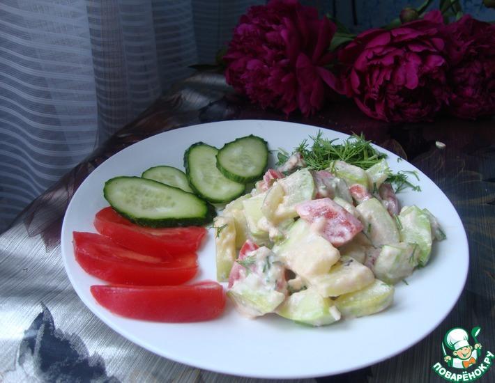Рецепт: Экспресс салат из кабачков с помидорами