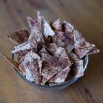 Сладкие чипсы с какао и корицей