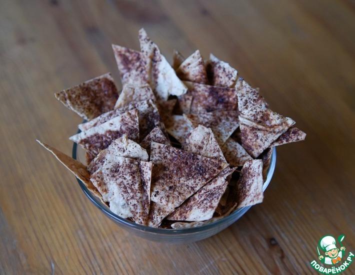 Рецепт: Сладкие чипсы с какао и корицей
