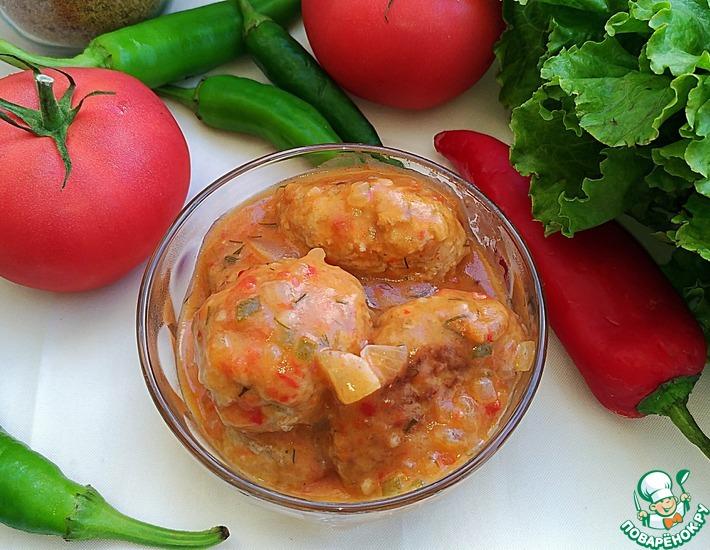 Рецепт: Котлеты с томатно-овощной подливой