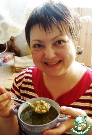 При подаче посыпать суп тертым пармезаном. При желании можно сделать постный вариант супа, это будет тоже очень вкусно.