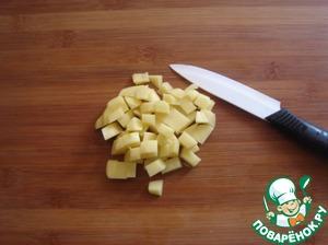 Картофель не обязательно класть в этот суп, но я положила 1 шт, порезав его мелким кубиком.