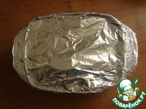 Covered with foil and sent for 40 minutes in the oven at t-180 S.