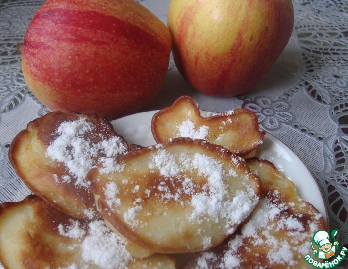 Рецепт: Яблоки, жаренные в тесте