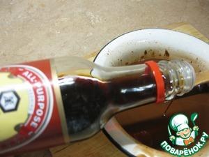 Oil heat, melt the chocolate in, stir, add sweet soy sauce from Kikkoman