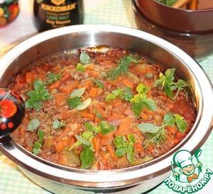 13. Подавая блюдо к столу, посыпать зеленью. Соте можно кушать теплым или холодным. Крупа, пропитанная вкусным соусом, получается очень вкусная!       Приятного аппетита!