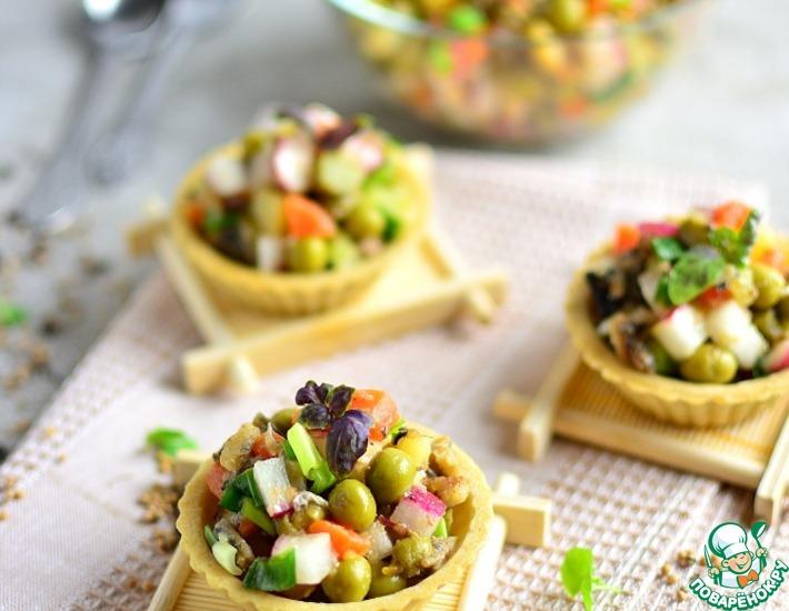 Рецепт: Постный салат со шпротами
