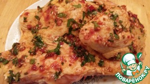 Mix all the ingredients for the second marinade and coat on all sides 2nd half of chicken. Leave promarinovatsya, and at night.