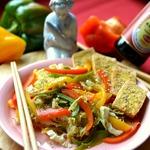 Салат с пекинской капустой и тофу