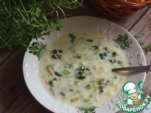 Посыпать суп зеленым луком и листиками тимьяна, подавать со свежим хрустящими рогаликами или багетами.   Приятного аппетита!