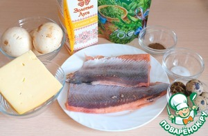 Ingredients for the preparation of julienne with salmon. I want to note that the calculation of the products into 3 portions.