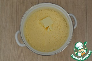 Then gradually add the butter at room temperature.