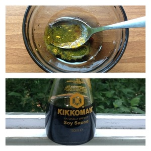 For dressing mix: soy sauce, balsamic vinegar, oil, salt, sugar, pepper and curry. Season the salad and mix well.