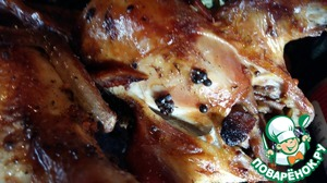 We liked both! To my surprise it turned out that quail are very easy to eat, the meat easily comes away from the bone.