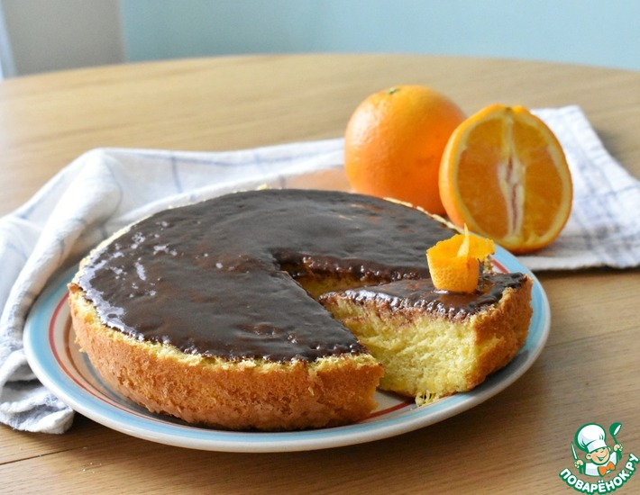 Рецепт: Апельсиновый пирог с шоколадной глазурью