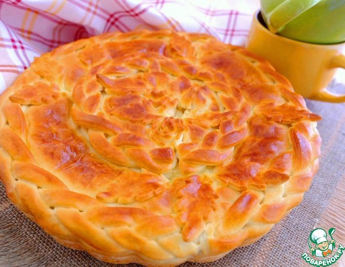 Рецепт: Пирог с молодой капустой и сметаной