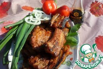 Рецепт: Свиные ребра в пивном маринаде