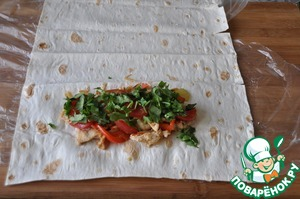 Put rings on top of tomatoes and chopped cilantro.
