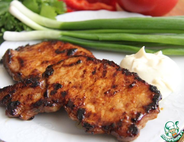 Рецепт: Свиной стейк в соевом маринаде