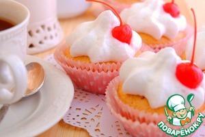 При помощи кондитерского мешка отсадить на пирожные приготовленный крем      Приятного чаепития!
