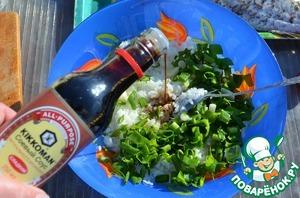 Влить соевый соус,    я использую сладкий натурально сваренный от ТМ Киккоман.