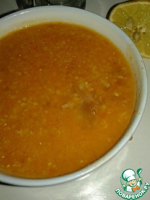 In the end it turns out to be a delicious and thick soup... sooooo delicious! It is eaten by pouring lemon juice