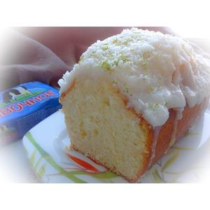 Кокосовый кекс с лаймовой глазурью