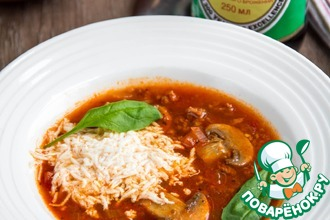 Рецепт: Томатный суп с грибами и фаршем