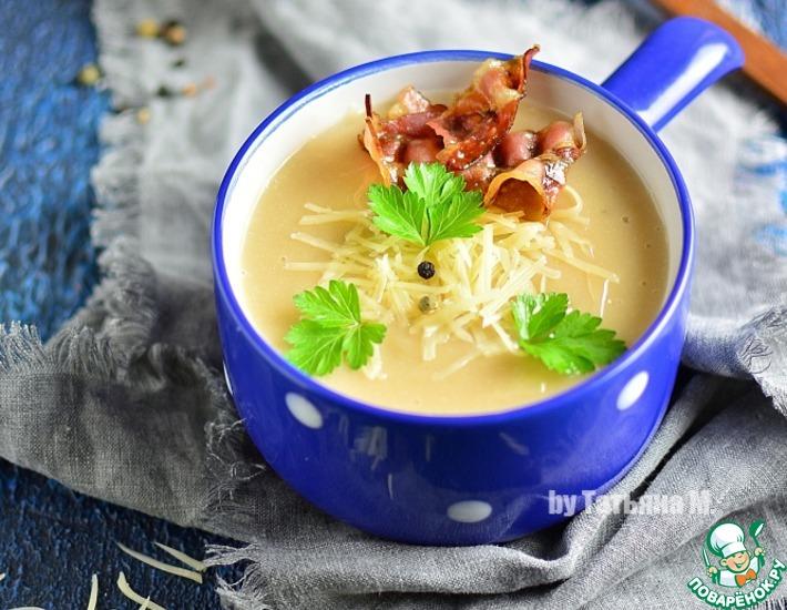 Рецепт: Картофельный суп-пюре с беконом и чесноком