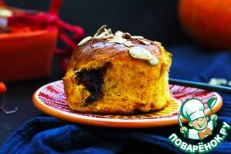 Рецепт: Тыквенно-медовые булочки с джемом
