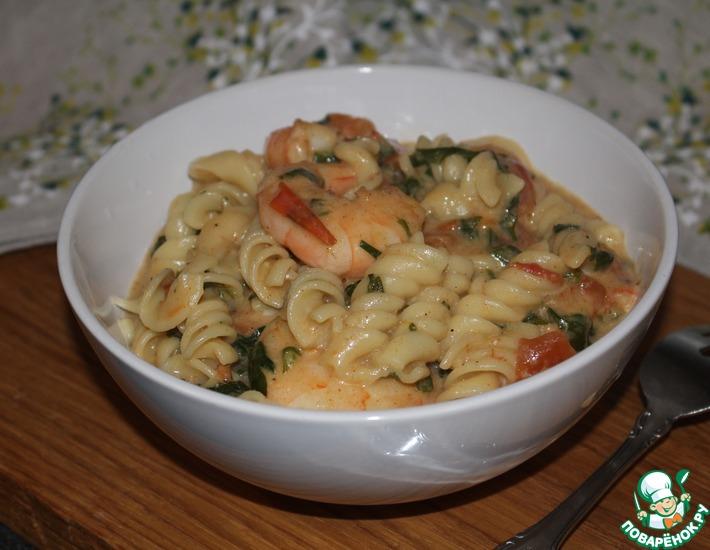 Рецепт: Креветки в томатном соусе с макаронами