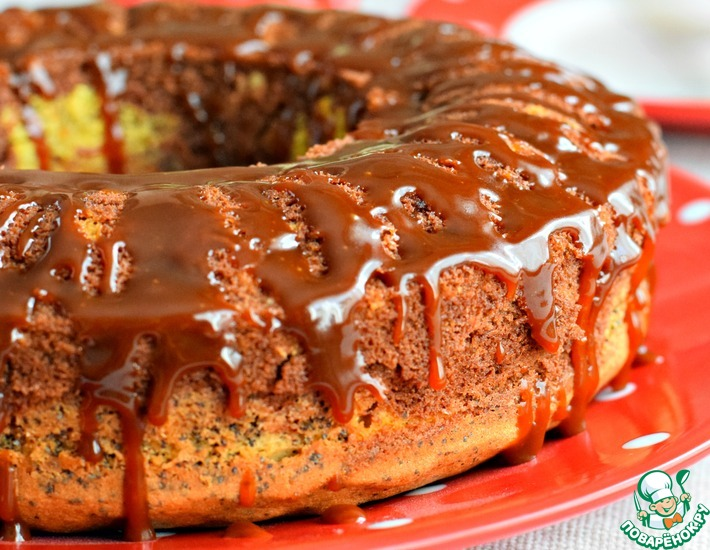 Рецепт: Трехцветный кекс с соленой карамелью