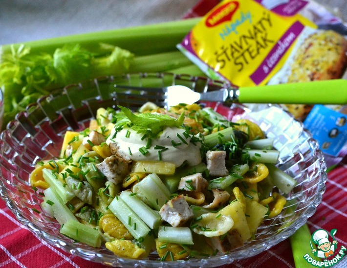 Рецепт: Салат с куриной грудкой Карри