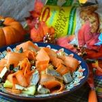 Морковно-ананасовый салат с куриной грудкой