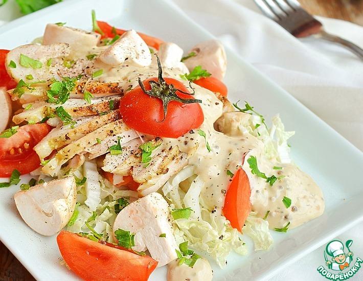 Рецепт: Хрустящий салат с курицей и шампиньонами