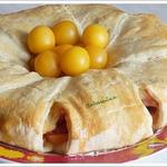 Закусочный пирог-рулет из слоеного теста