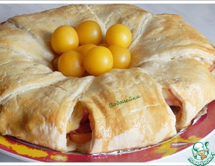 Рецепт: Закусочный пирог-рулет из слоеного теста