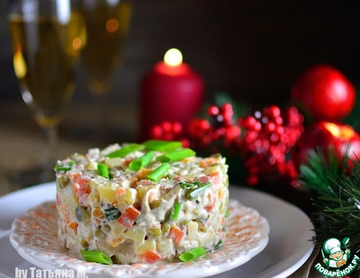 Рецепт: Праздничный салат с курицей и осьминогом