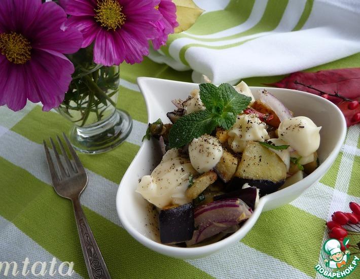 Рецепт: Салат из баклажана с яйцом