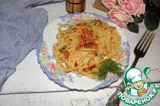 Рецепт: Макароны с помидорами в сырном соусе