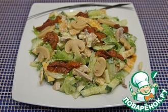 Рецепт: Салат с шампиньонами и сулугуни