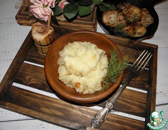 Рецепт: Картофельное пюре с луком и сыром
