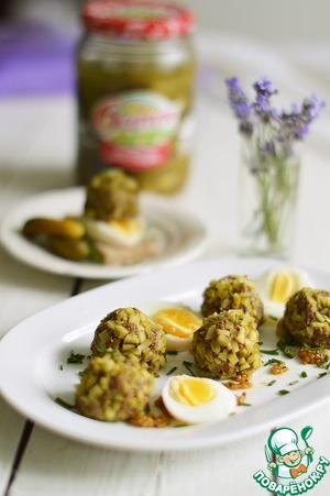 Рецепт: Закуска из печени и маринованных огурцов