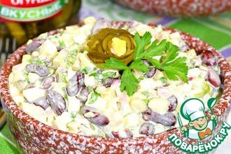 Рецепт: Салат с фасолью и огурцом Пятиминутка