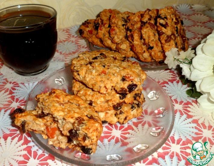 Рецепт: Овсяно-кокосовое печенье с сухофруктами