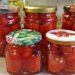 Квашеные помидоры с чесноком