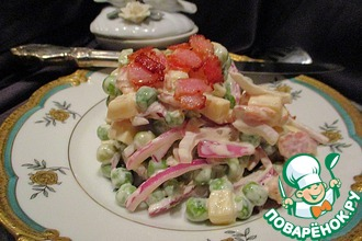 Рецепт: Салат Два сыра с беконом и горошком