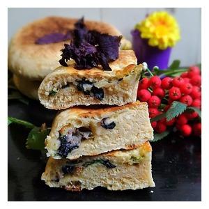 Лепешки с сыром и базиликом